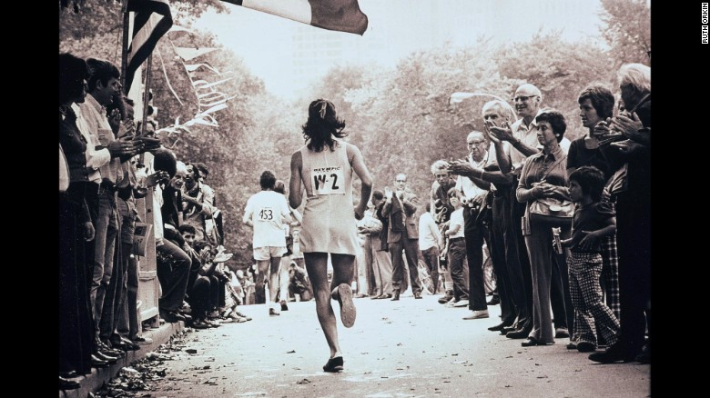 170417155637-kathrine-switzer-nyc-marathon-1974-restricted-exlarge-169