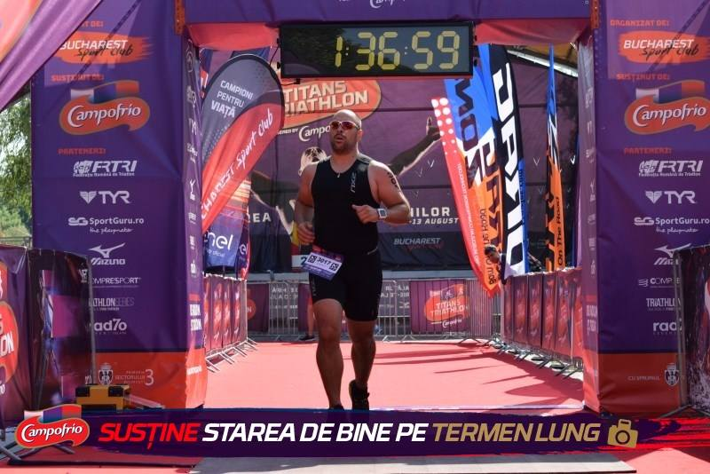 Titans Triathlon 2017 - Emilian Nedelcu finish