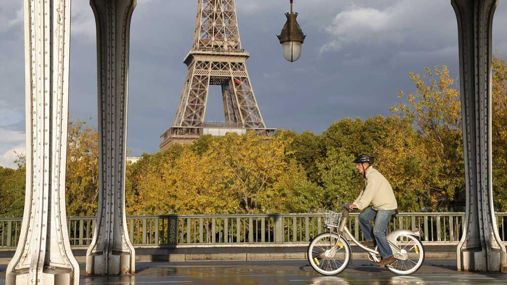 Cu bicicleta in Paris