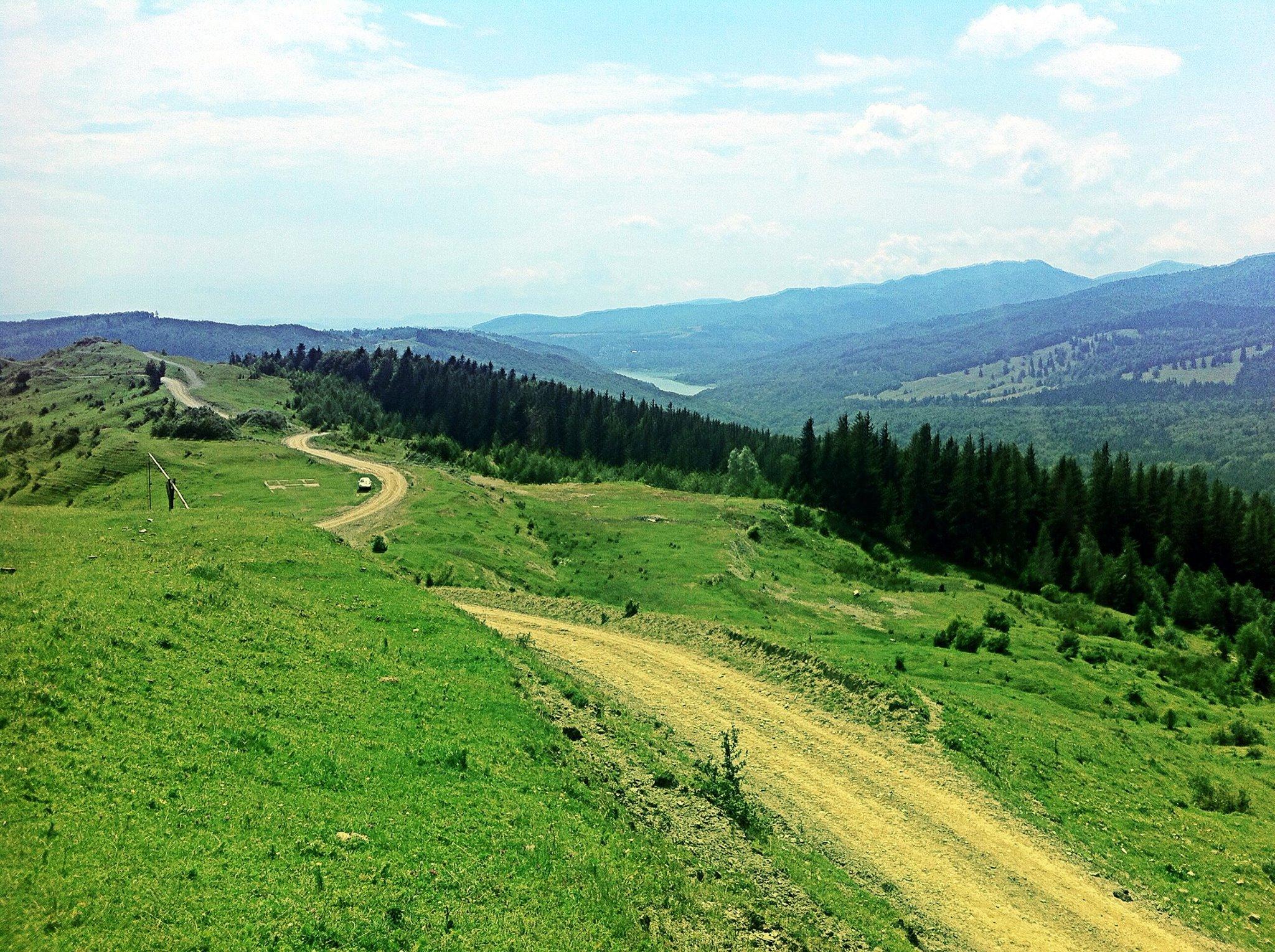 Fara Asfalt la munte