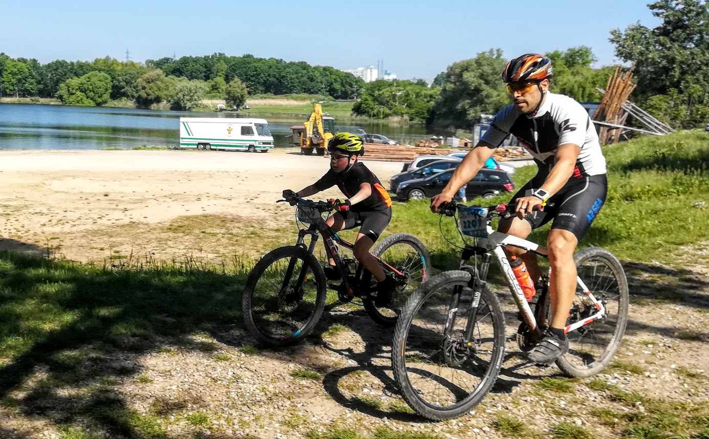 Ziua B - finish cursă 19 km echipa Biciclistul