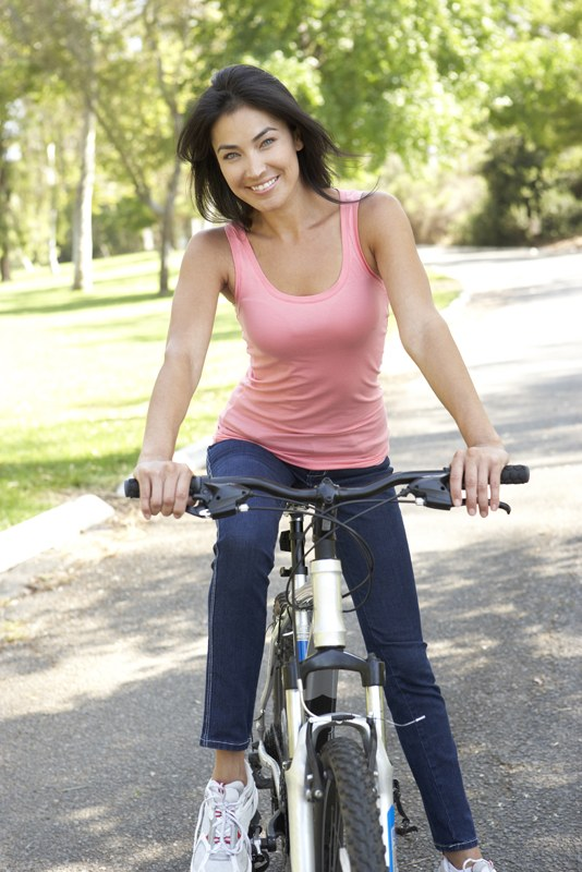 O biciclista pe zi - practicanta de fitness