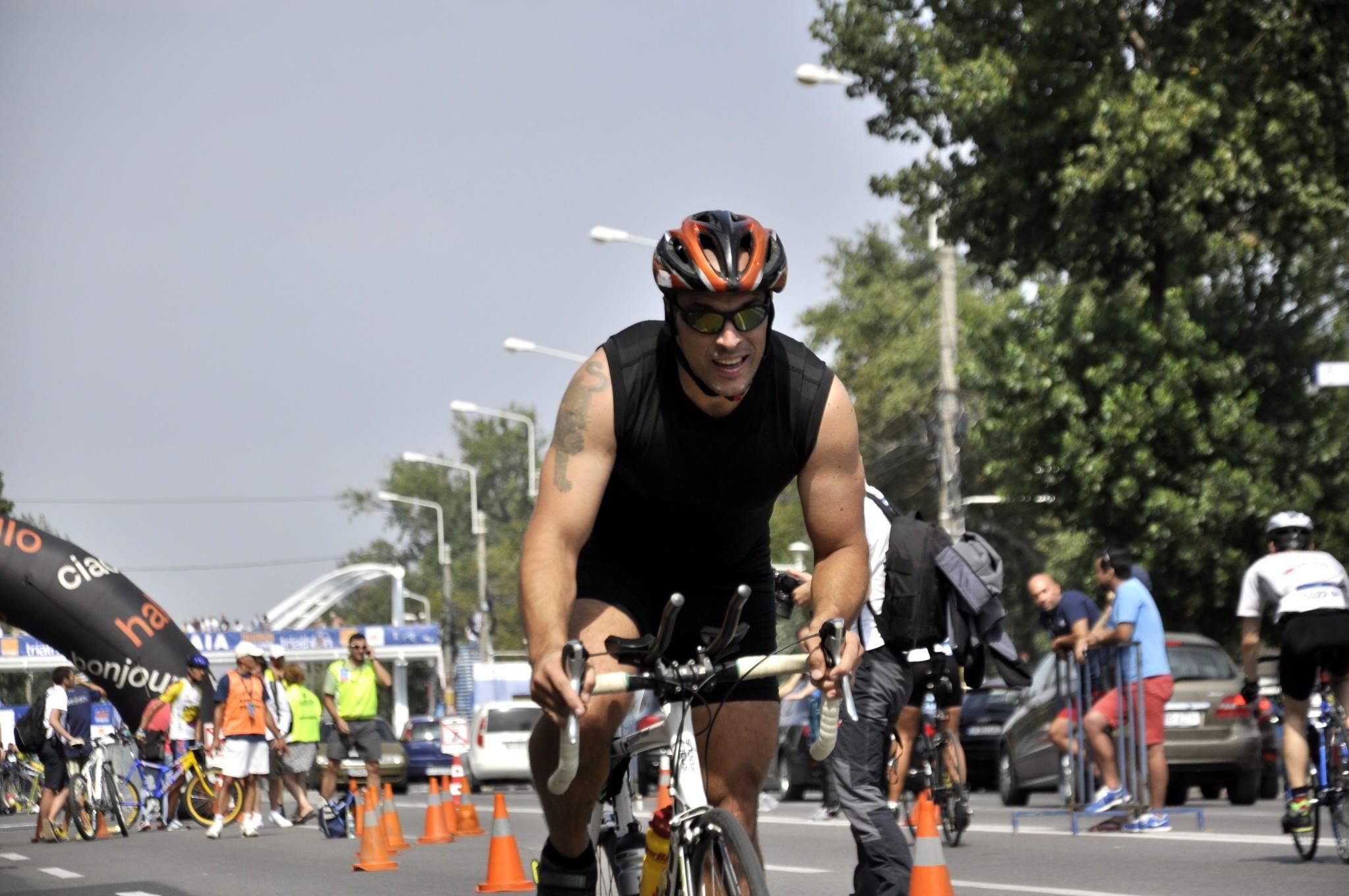 Triathlon Challenge Mamaia 2014 - proba de ciclism Emilian Nedelcu