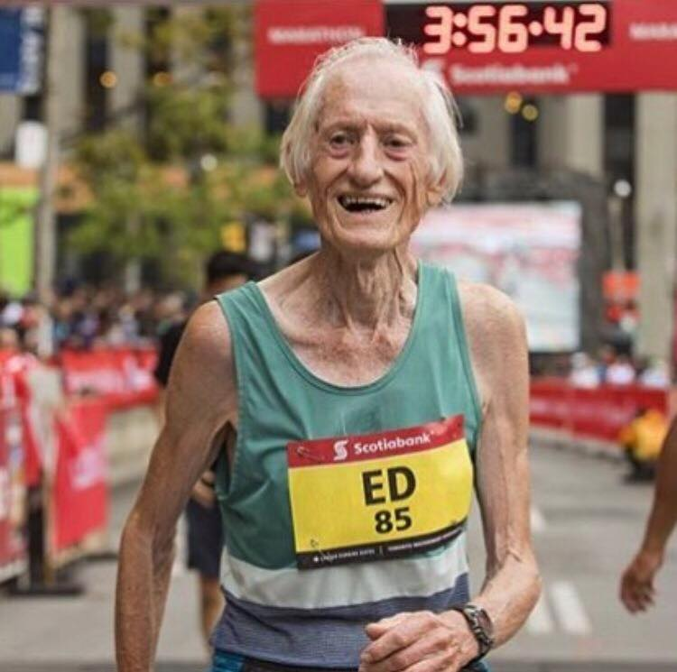 Maraton sub 4 ore la 85 de ani - Ed Whitlock