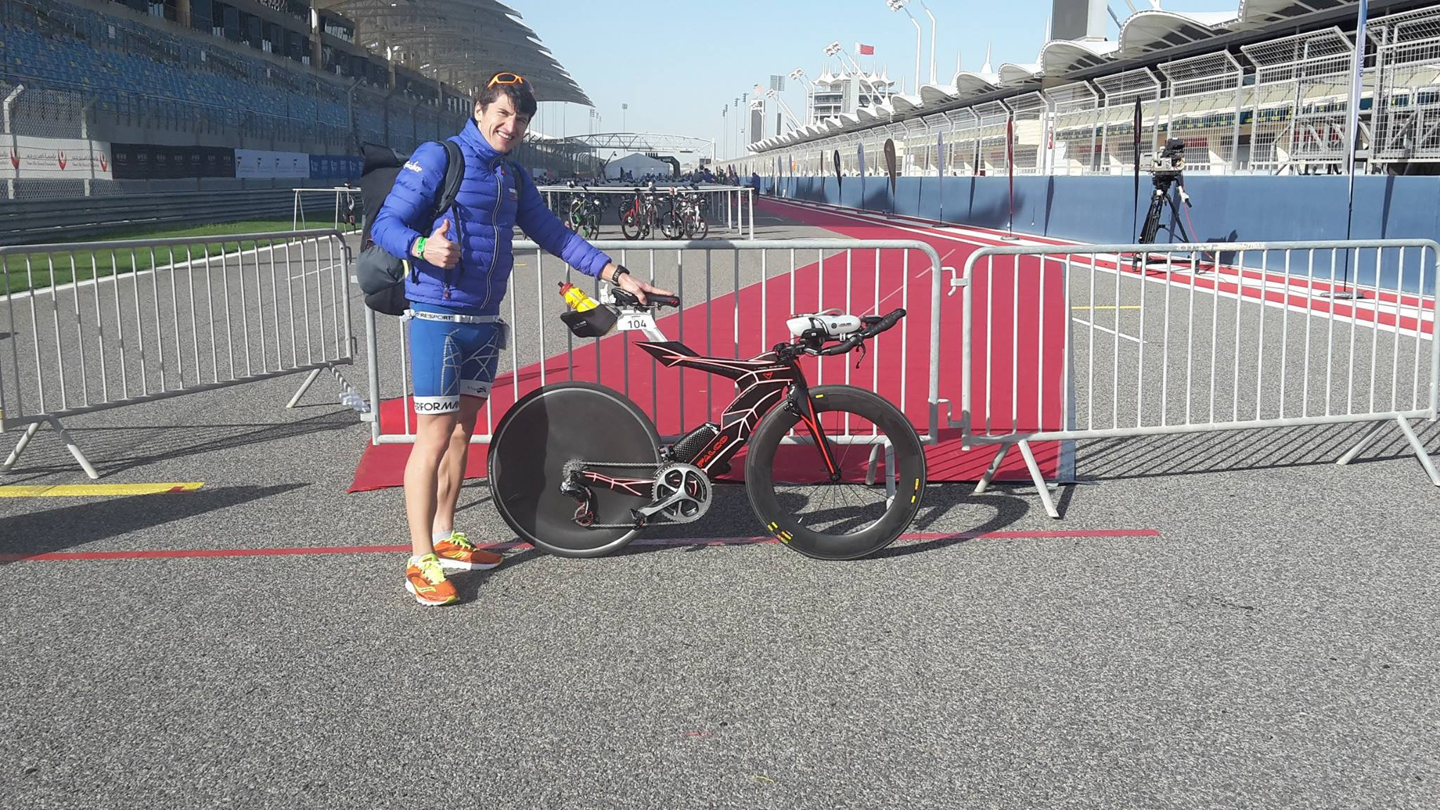 Mihai Vigariu - bicicletă Half Ironman Bahrain 2016