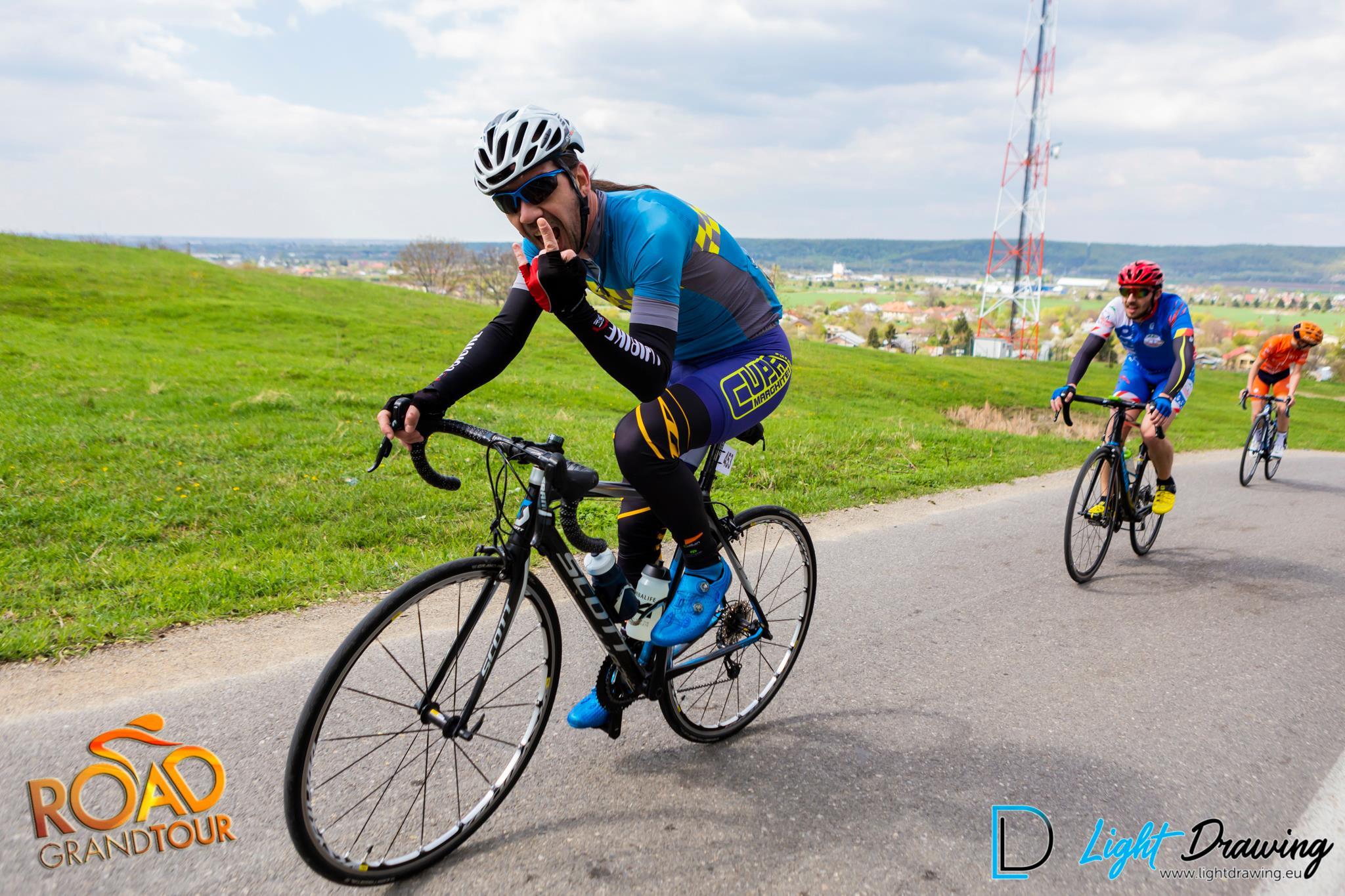 Bogdan Popescu - catarare Seciu - Dumul Vinului 2019 - Road Grand Tour