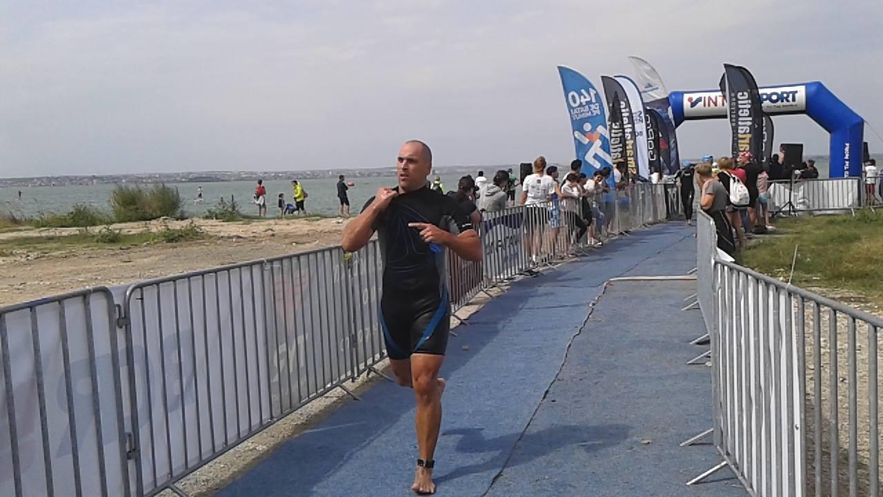 Triathlon Challenge Mamaia - ieşirea din apă