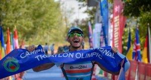 Alex Ion castiga titlul national la triatlon olimpic 2019
