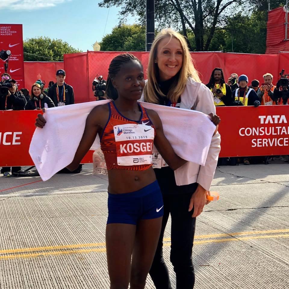 Brigi Kosgei alături de Paula Radcliffe - Chicago Marathon 2019