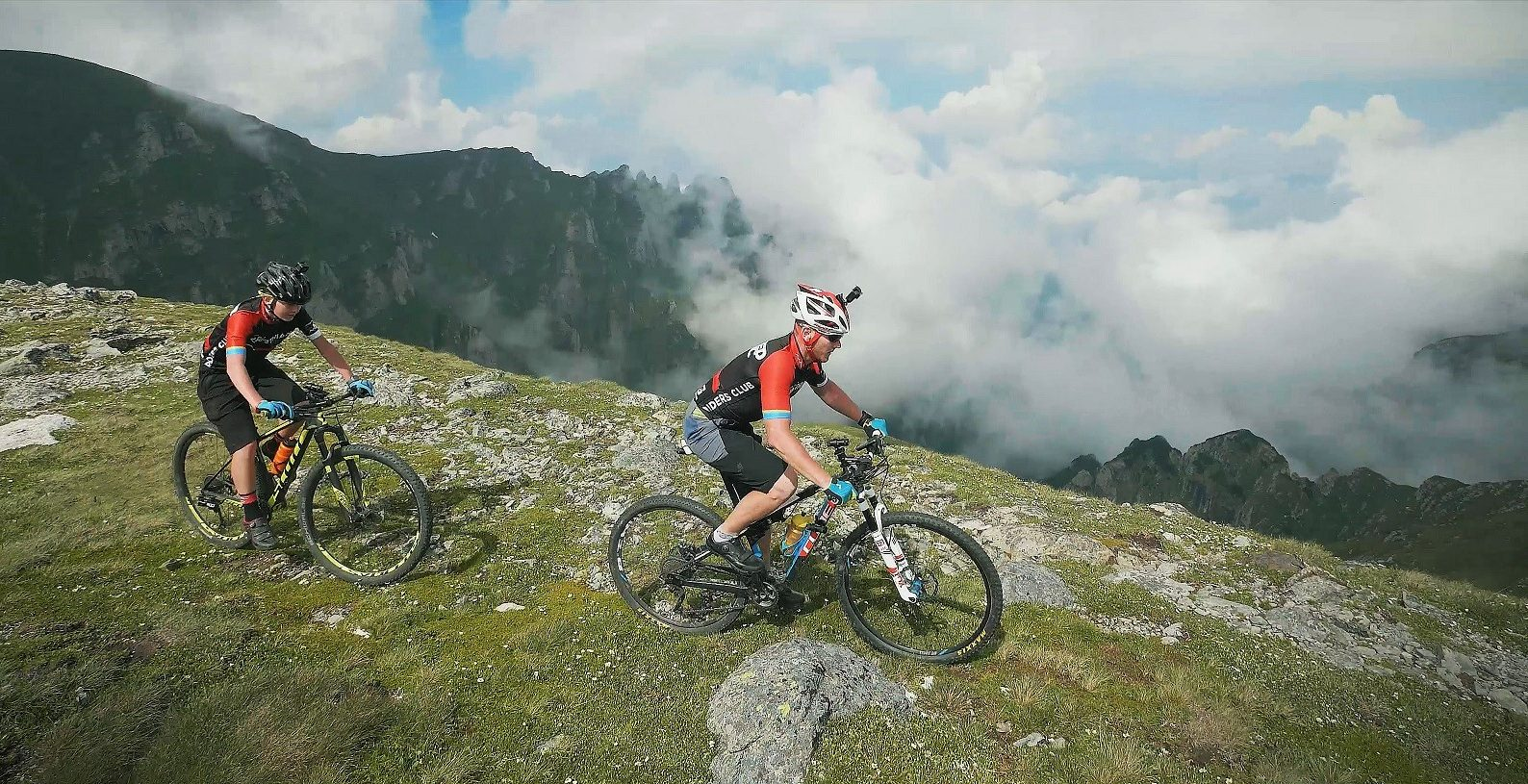Carpathian MTB Epic 2017_on route 0_photo Cosmin Dumitrache