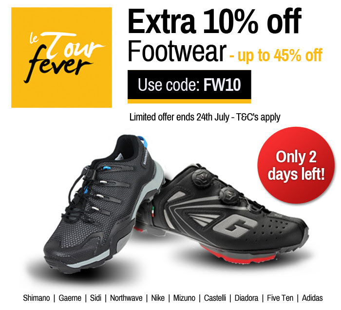 Chain Reaction Cycles footwear sales