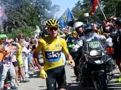 Chris Froome alearga in Turul Frantei