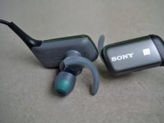 Casti Sony wireless pentru sport