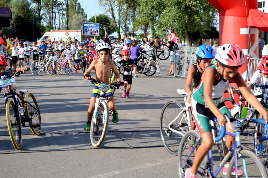 TriKids Mamaia - Natalia start la proba de ciclism