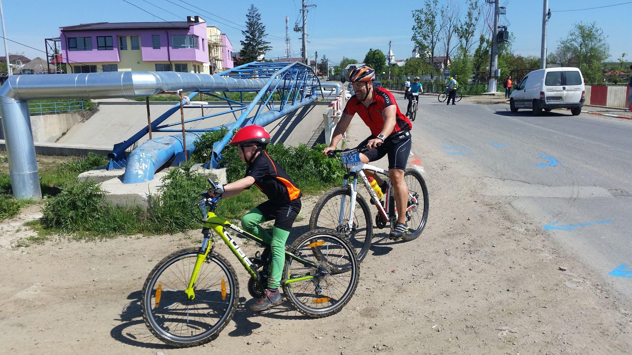 Echipa Biciclistul la Ziua B - foto Bogdan Ionita