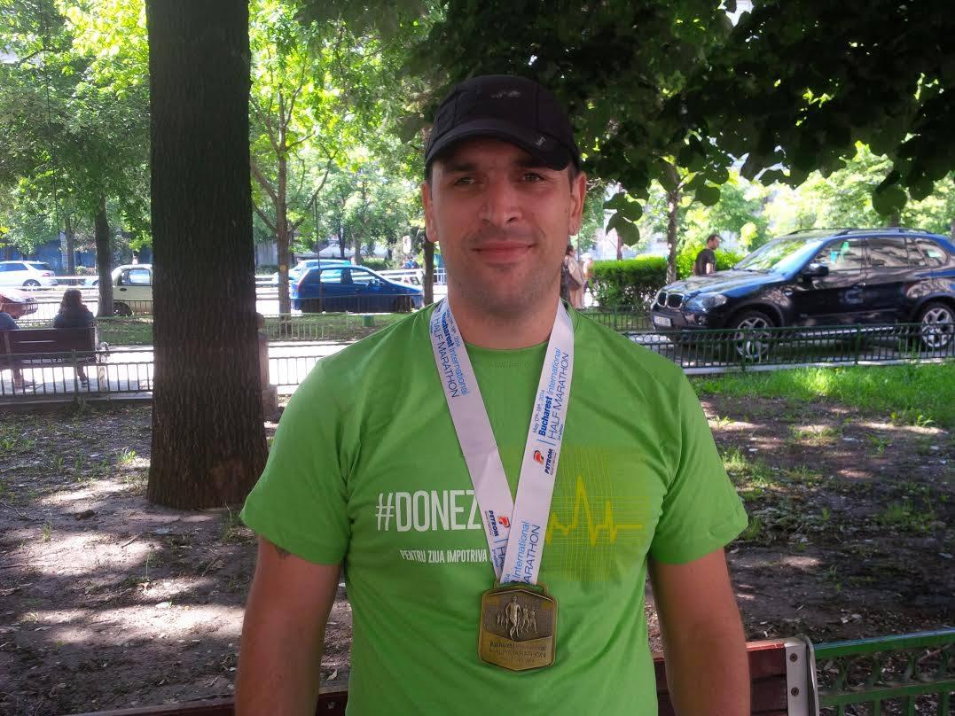 Emilian Nedelcu - medalie Semimaraton Bucuresti 2014