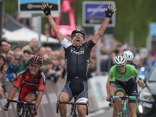 Fabian Cancellara castiga Turul Flandrei 2014