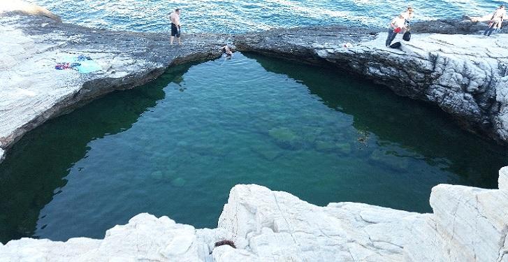 Insula Thassos - bazinul Giola