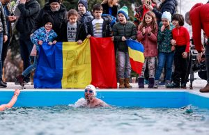 Paul Georgescu înot ape înghețate - ice swimming 1 mile