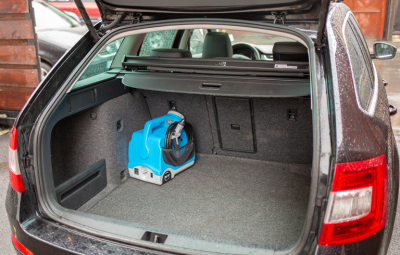 Jet2Go - aparat portabil de spalare cu presiune - in masina