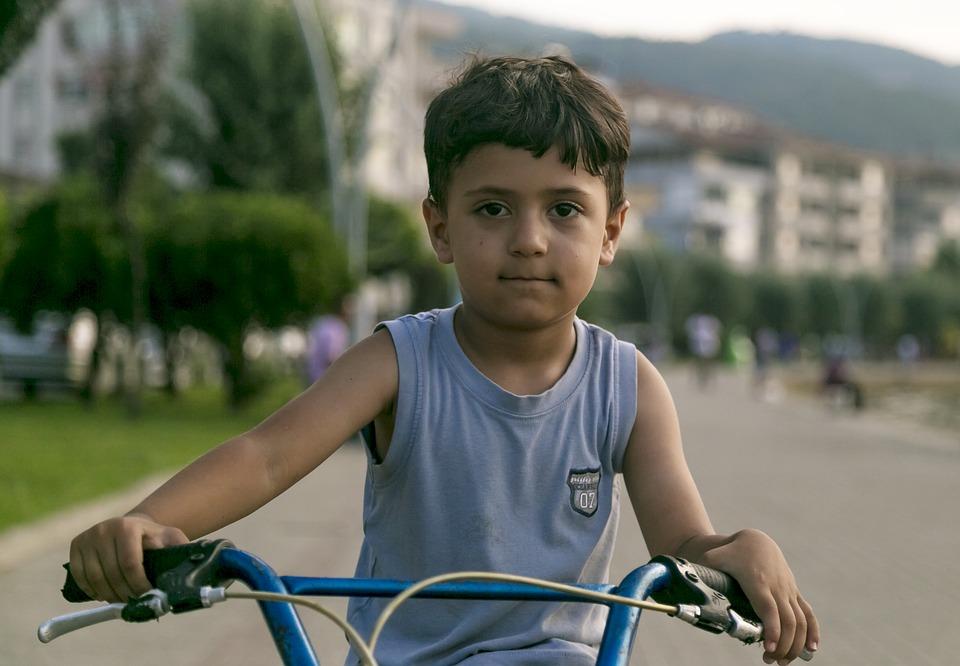 Bicicleta copii drumuri publice
